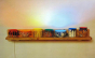 """""""A luz de Antonio Peticov"""" apresenta pinturas inéditas, além de obras icônicas dos anos 80"""