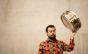 """Livro """"Samba de Bateria"""" reúne pesquisa ampla sobre gênero musical"""