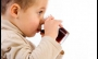 Seis em cada dez crianças começam a beber refrigerante e sucos artificiais antes dos dois anos