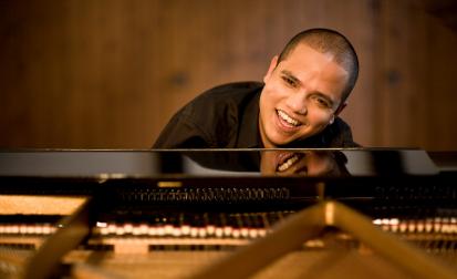 """""""Paulistanos"""" apresenta ritmos brasileiros com melodias do jazz"""