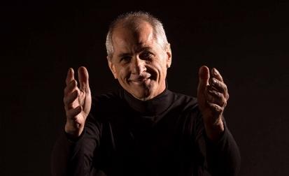 Machado de Assis e Guimarães Rosa inspiram espetáculo 'Espelhos', com Ney Piacentini