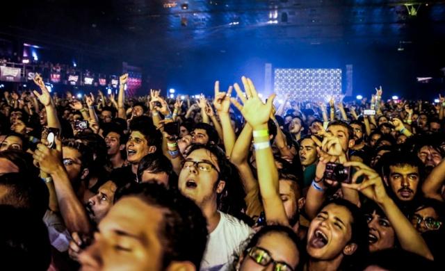 Público do show da banda Queens of the Stone Age no Espaço das Américas, em São Paulo (Foto- Manuela Scarpa - Photo Rio News - Reprodução)