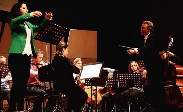 1012_orquestra_moderna