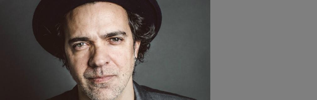 Paulinho Moska celebra 25 anos de carreira com show e música nova